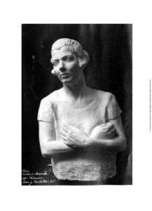 Busto de mujer de la tierra (1925-1930)